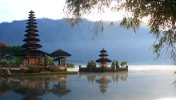 Bedugul Temple at Beratan Lake
